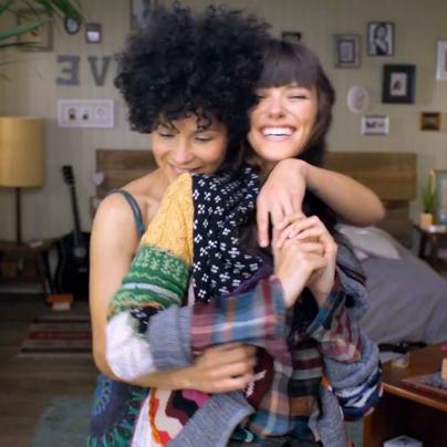 Anuncio-Lé´sbico-MagLes-Revista-Lesbica-Lesbiana-Desigual-