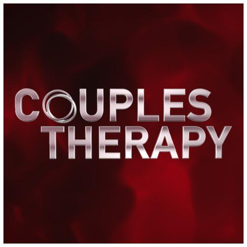 Whitney y Sara en Couples and Therapy